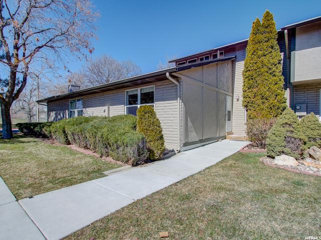 54 W San Rafael Ct, West Jordan, UT 84088 (#1588160) :: Colemere Realty Associates