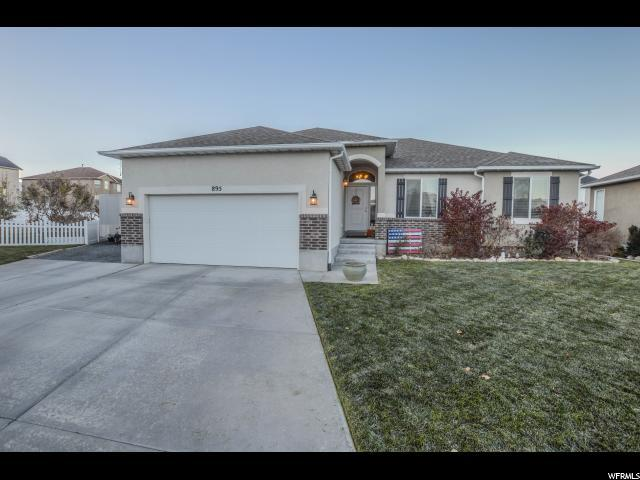 895 N Flint Cir, Tooele, UT 84074 (#1588242) :: The Canovo Group