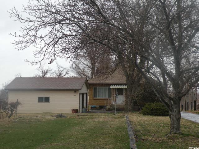 4913 S 2700 W, Roy, UT 84067 (#1588390) :: Big Key Real Estate