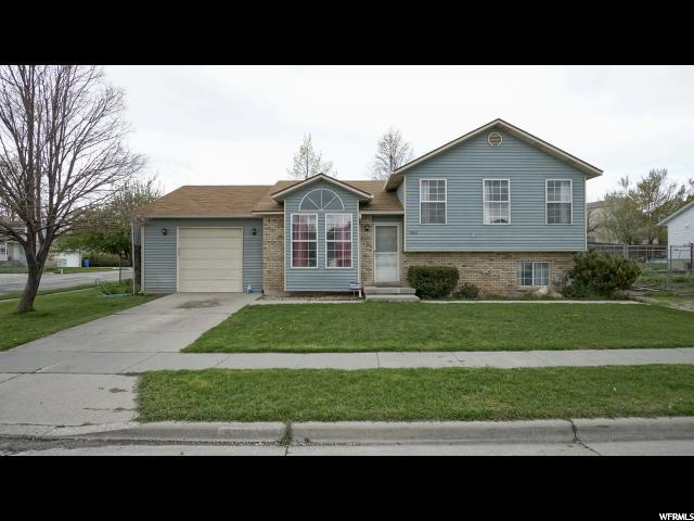 5806 S Far Vista Dr W, Salt Lake City, UT 84118 (#1588487) :: The Utah Homes Team with iPro Realty Network