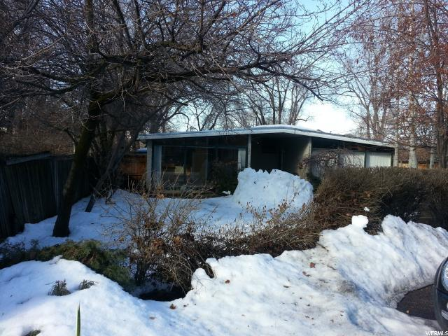 4824 S Viewmont St, Holladay, UT 84117 (#1588681) :: Exit Realty Success
