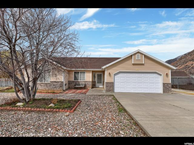 842 E Village, Ogden, UT 84404 (#1588919) :: Exit Realty Success