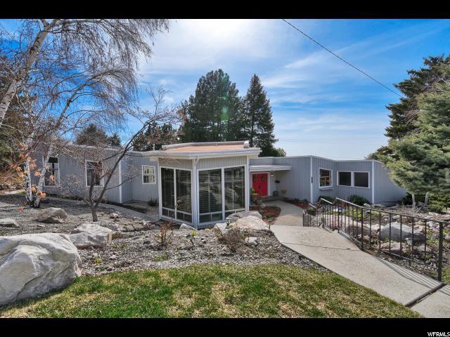 2763 S Foothill Dr E, Ogden, UT 84403 (#1589103) :: Bustos Real Estate   Keller Williams Utah Realtors