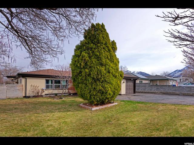 1313 E 8425 S, Sandy, UT 84093 (#1589387) :: Bustos Real Estate | Keller Williams Utah Realtors