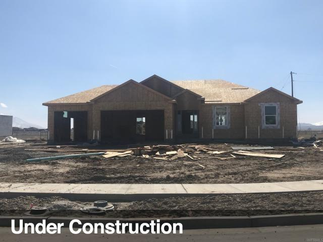 704 E Clover Gate Ln #110, Grantsville, UT 84029 (#1589577) :: Bustos Real Estate | Keller Williams Utah Realtors
