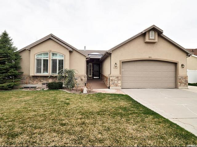 10262 S Sandy Willows Cv, Sandy, UT 84070 (#1589589) :: Bustos Real Estate | Keller Williams Utah Realtors