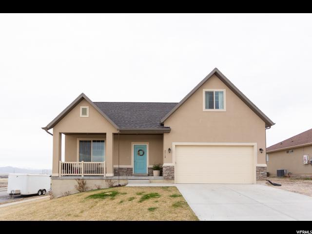 2719 E Clarkstone Dr, Eagle Mountain, UT 84005 (#1589606) :: The Fields Team