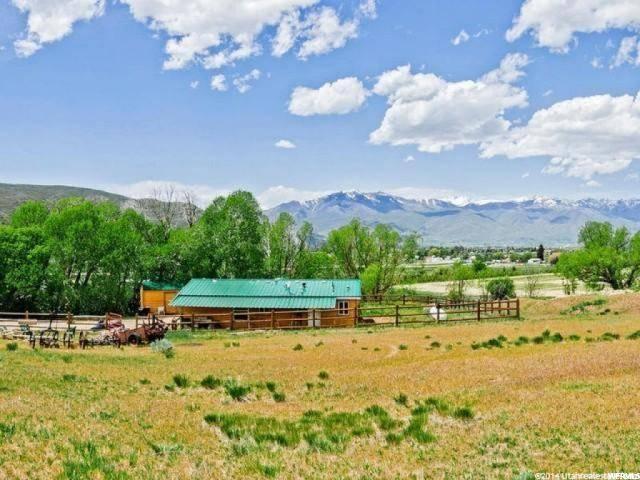 2551 E Dear Meadow Ln S, Heber City, UT 84032 (MLS #1590423) :: High Country Properties