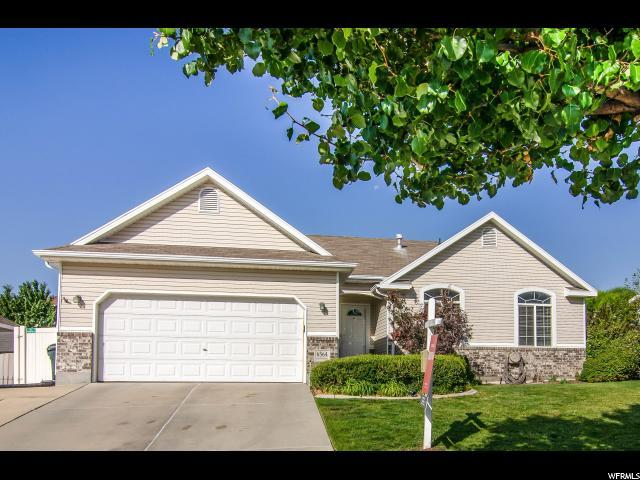 6564 S High Bluff Dr, West Valley City, UT 84118 (#1590638) :: The Utah Homes Team with iPro Realty Network
