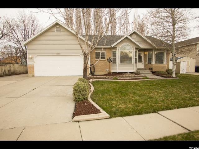 8353 S 2960 W, West Jordan, UT 84088 (#1591428) :: The Canovo Group