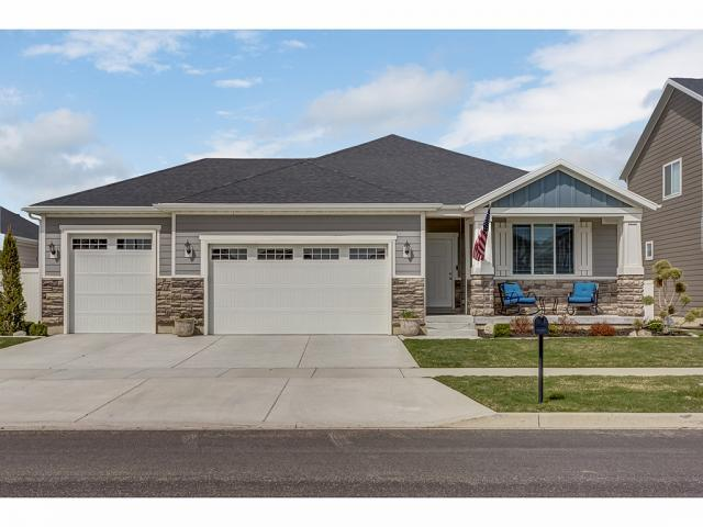 938 W Freedom Point Way N, Bluffdale, UT 84065 (#1592324) :: The Canovo Group