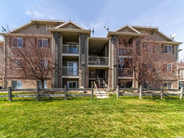 8096 N Ridge Loop St E #4, Eagle Mountain, UT 84005 (MLS #1592436) :: Lawson Real Estate Team - Engel & Völkers