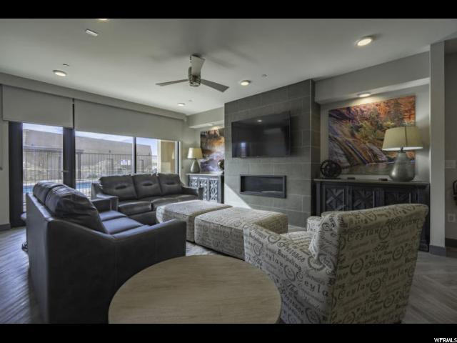 5194 N Villas Dr 5-202, Hurricane, UT 84737 (#1593760) :: Doxey Real Estate Group