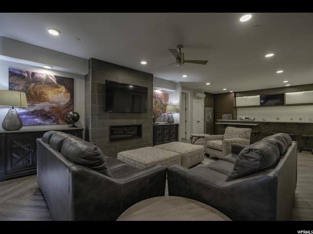 5194 W Villas Dr N 5-302, Hurricane, UT 84737 (MLS #1593763) :: Lawson Real Estate Team - Engel & Völkers