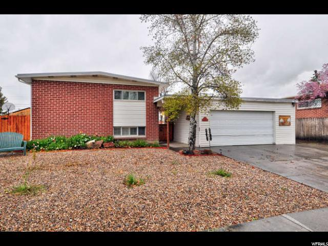 1452 W Sunset Dr N, Salt Lake City, UT 84116 (#1594055) :: The Utah Homes Team with iPro Realty Network