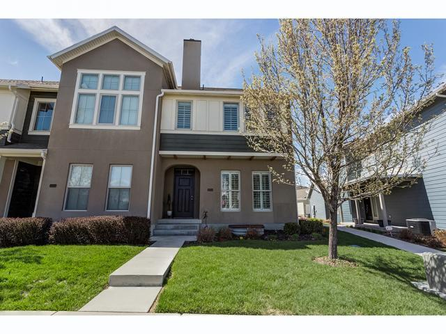 10528 S Topview Rd W, South Jordan, UT 84009 (#1594368) :: Colemere Realty Associates