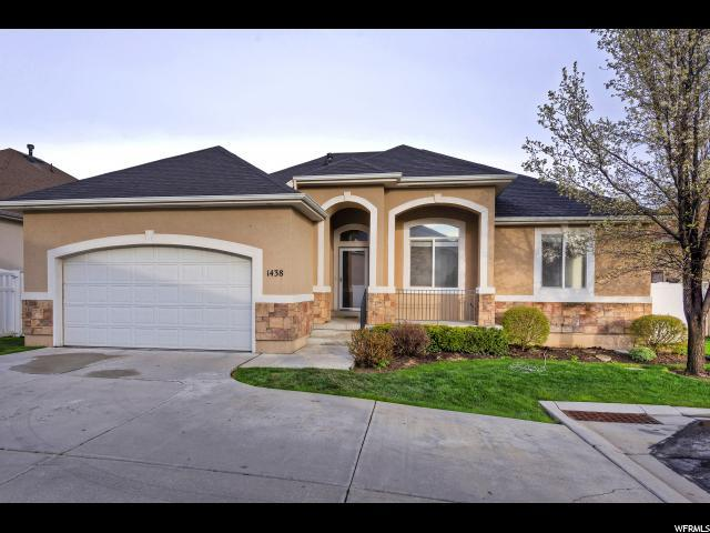 1438 W Rock Oak Ct S, South Jordan, UT 84095 (#1594378) :: Colemere Realty Associates