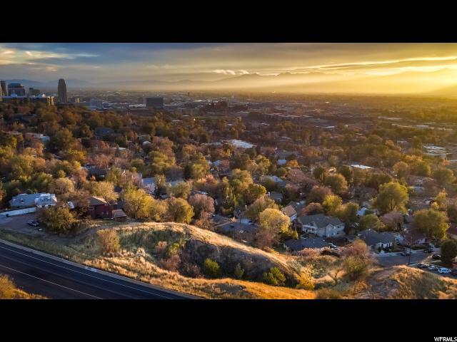 641 N Victory Rd, Salt Lake City, UT 84103 (#1594397) :: Colemere Realty Associates