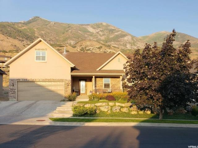 10346 Avondale Dr, Cedar Hills, UT 84062 (#1594607) :: The Canovo Group