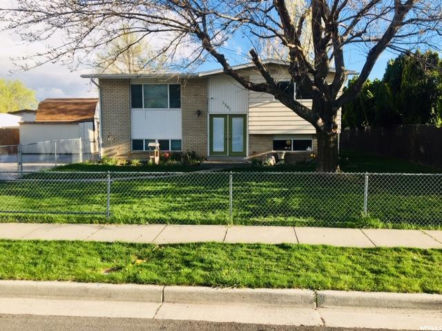 1281 W 4505 S, Taylorsville, UT 84123 (#1594679) :: The Utah Homes Team with iPro Realty Network