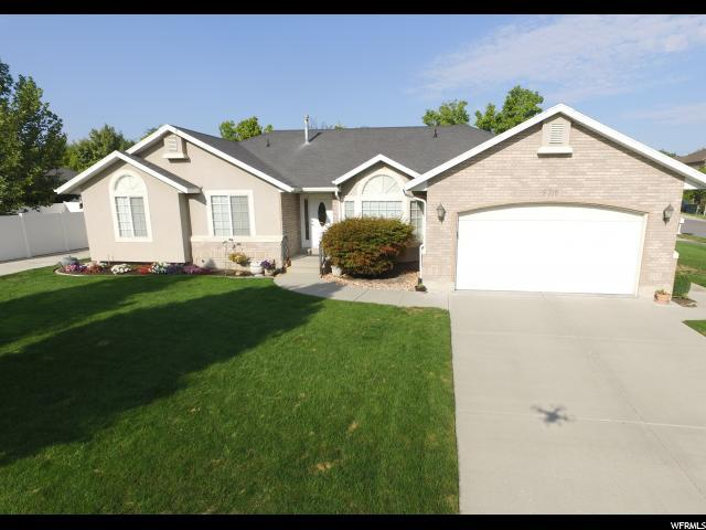 9318 S Gaelic Cir, West Jordan, UT 84088 (#1594902) :: goBE Realty