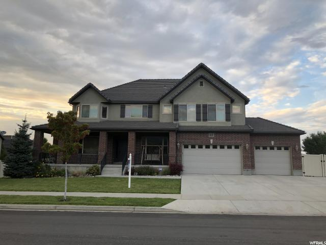 6842 W Windy Ridge Dr. S, Herriman, UT 84096 (#1594990) :: goBE Realty