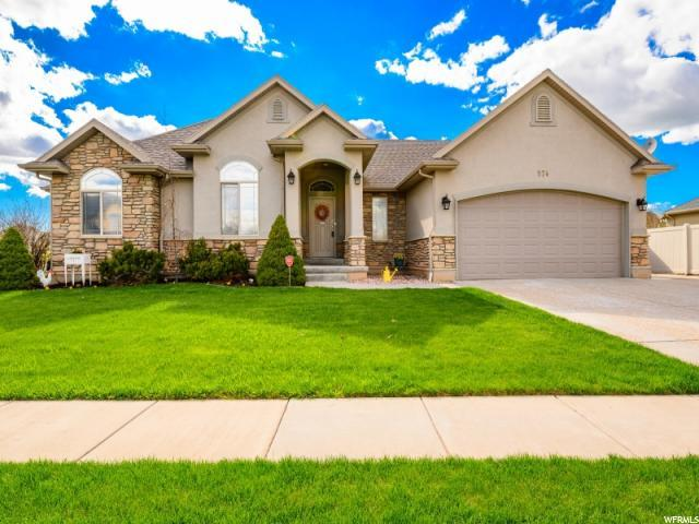 974 S 1525 W, Syracuse, UT 84075 (#1595570) :: The Utah Homes Team with iPro Realty Network