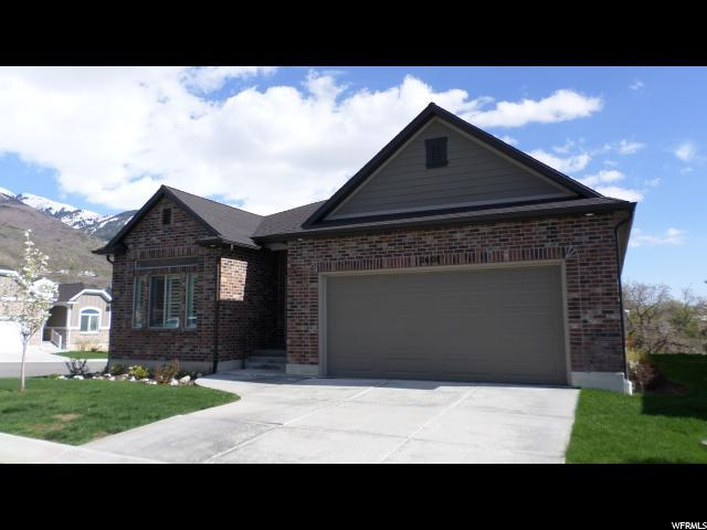 2608 E Thurston Ln, Layton, UT 84040 (MLS #1595794) :: Lawson Real Estate Team - Engel & Völkers