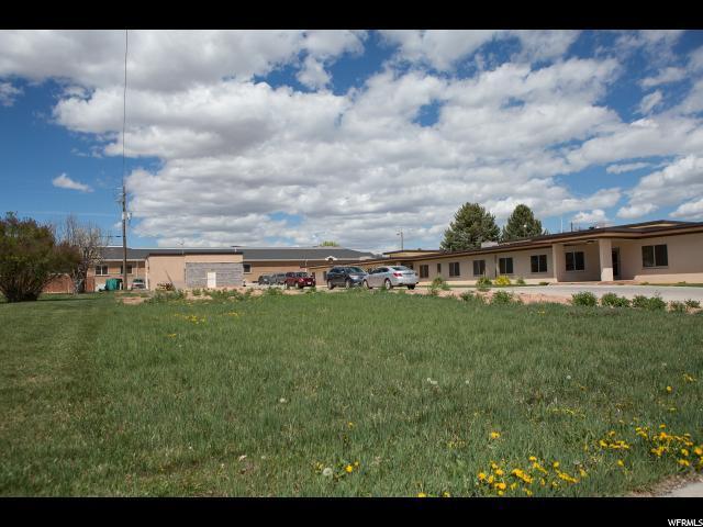 180 E 500 N, Richfield, UT 84701 (#1596081) :: Big Key Real Estate