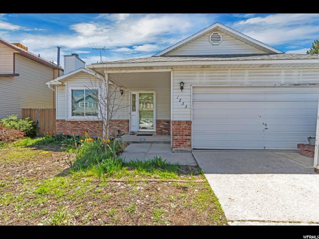 1233 W Brister S, Murray, UT 84123 (#1596153) :: Bustos Real Estate   Keller Williams Utah Realtors