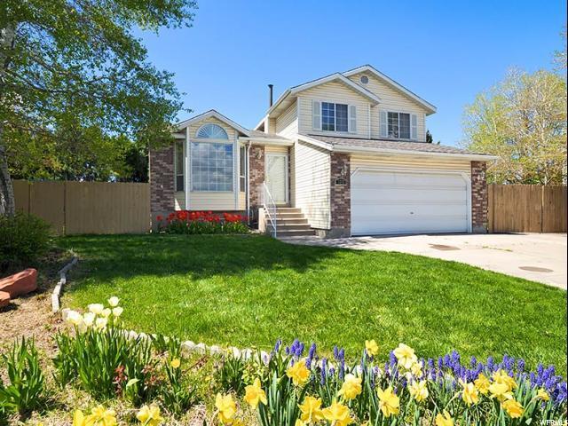 3262 W Oakeson Cir S, Taylorsville, UT 84129 (#1596252) :: Bustos Real Estate | Keller Williams Utah Realtors