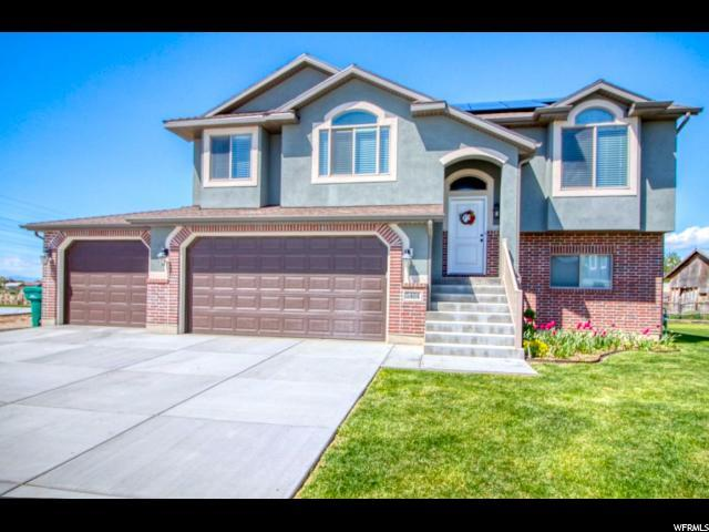 5404 S 3150 W, Roy, UT 84067 (#1598296) :: Colemere Realty Associates
