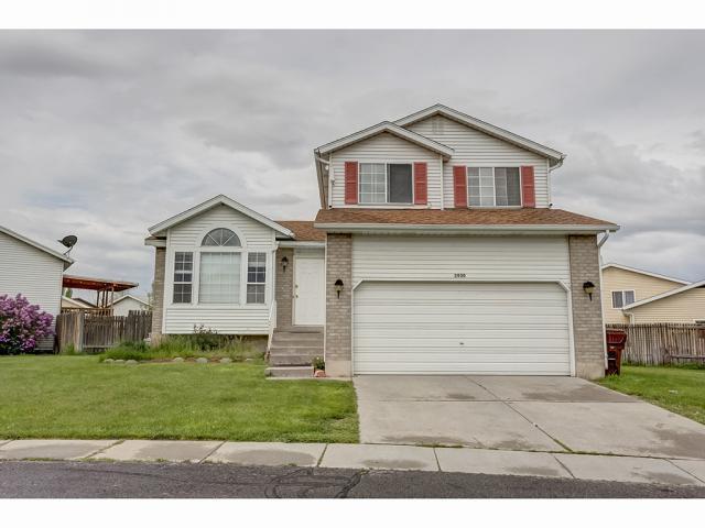 2930 S Dunsmoore Way, Salt Lake City, UT 84120 (#1599391) :: Bustos Real Estate | Keller Williams Utah Realtors