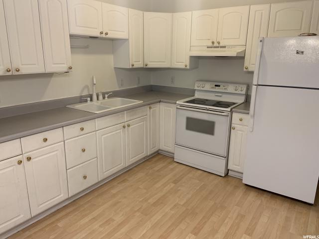 1409 Poplar Grove  Blv #2B, Salt Lake City, UT 84104 (#1600218) :: Big Key Real Estate