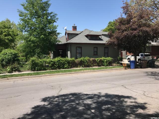 1025 Princeton Ave, Salt Lake City, UT 84105 (#1600812) :: The Muve Group