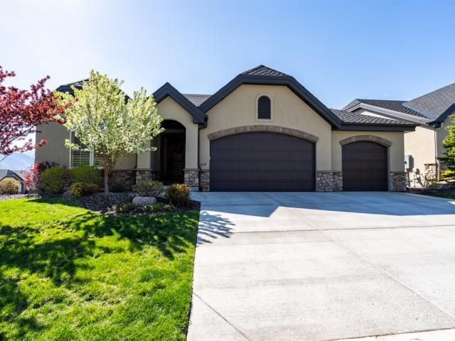 2234 E Fair Winns Ln S, Draper, UT 84020 (#1601787) :: goBE Realty