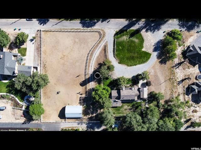 3950 W 9850 N, Cedar Hills, UT 84062 (#1601789) :: The Canovo Group