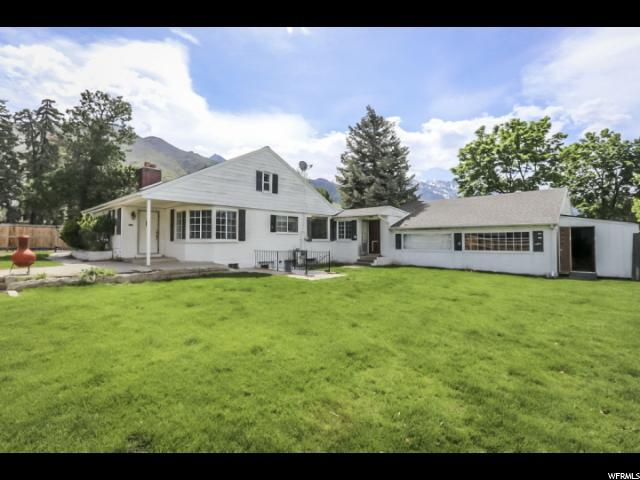 3284 Bengal Blvd, Cottonwood Heights, UT 84121 (#1601807) :: goBE Realty