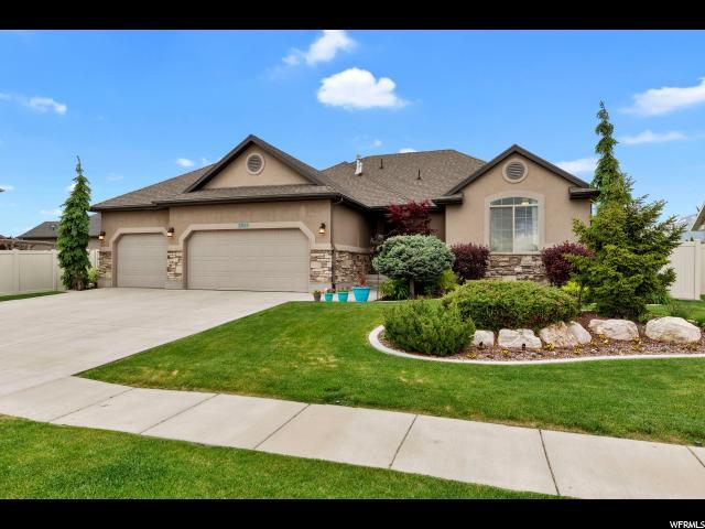 2025 S Demetro Dr, Clearfield, UT 84015 (#1602292) :: Action Team Realty