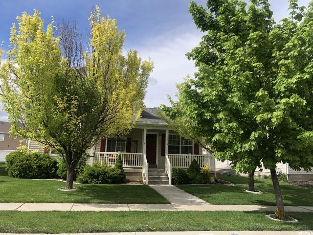 7849 N Saddleback Dr, Eagle Mountain, UT 84005 (#1602367) :: Big Key Real Estate