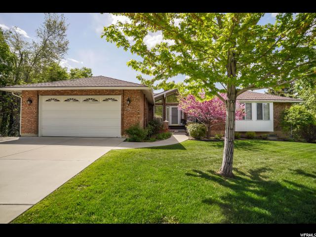1735 E Apache Way, Ogden, UT 84403 (#1602459) :: Big Key Real Estate