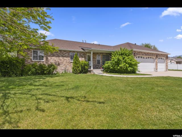 1214 W Matthews Way S, Riverton, UT 84065 (#1603018) :: Colemere Realty Associates