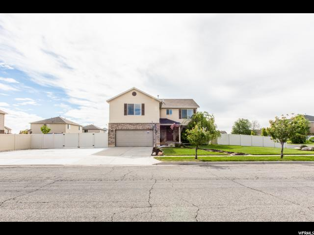 2512 S Doral Dr W, Syracuse, UT 84075 (#1603608) :: Colemere Realty Associates