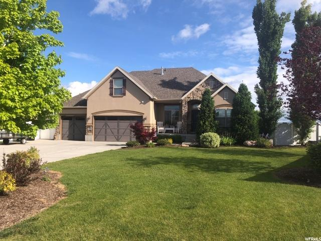 252 W Kays Dr, Kaysville, UT 84037 (#1603613) :: Colemere Realty Associates