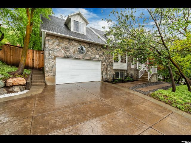 2836 E Cave Hollow Way S, Bountiful, UT 84010 (#1603677) :: Colemere Realty Associates