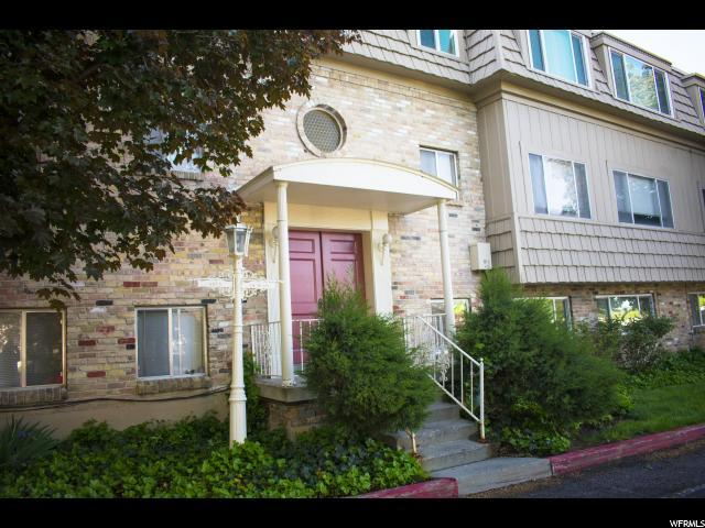 2220 E East Murray Holladay Rd S #204, Holladay, UT 84117 (#1603723) :: The Muve Group