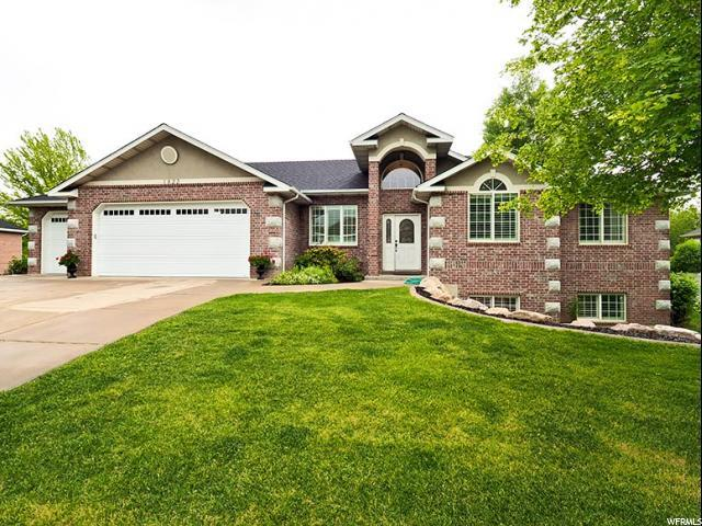 1822 S 200 W, Kaysville, UT 84037 (#1603838) :: Colemere Realty Associates