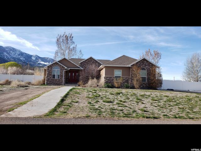 327 W 200 S, Annabella, UT 84711 (#1603975) :: Bustos Real Estate | Keller Williams Utah Realtors