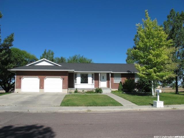 190 S Manzanita Ave E, Delta, UT 84624 (#1604042) :: Keller Williams Legacy