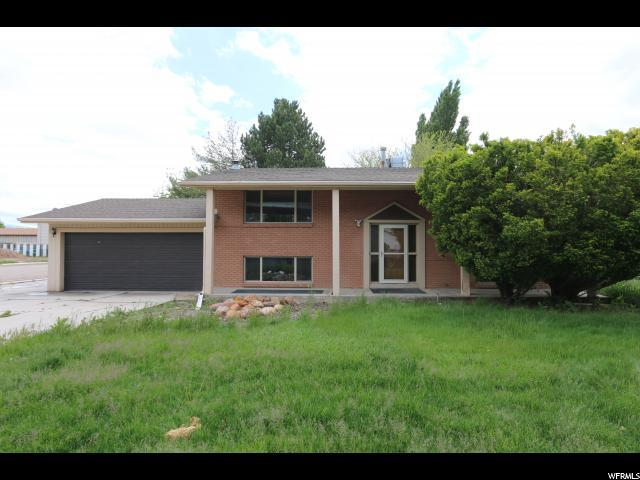 369 W 300 N, Clearfield, UT 84015 (#1604078) :: Colemere Realty Associates